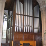 The organ situated at the E end of N aisle